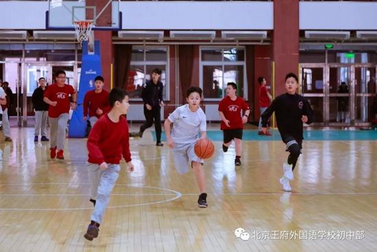 """""""冬季里的热潮""""丨""""RFLS""""杯篮球联赛圆满落幕"""