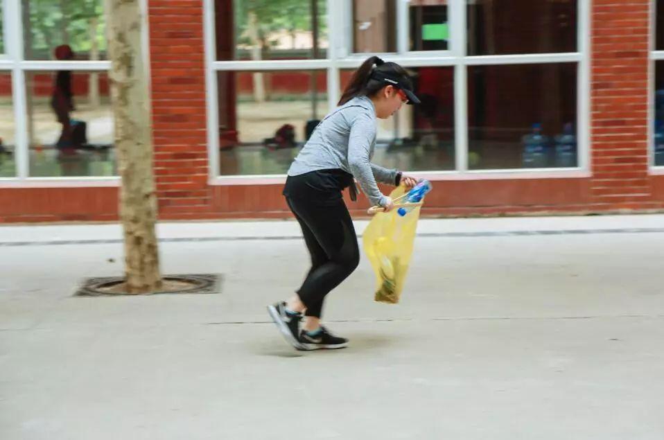 跟随苏东坡一起Plogging,王府娃将环保融入生活点滴!